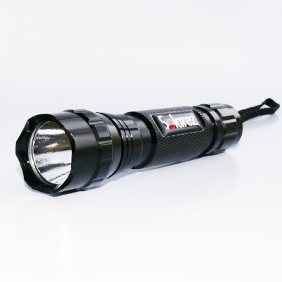 Solarez UV flashlight with adjustable focus