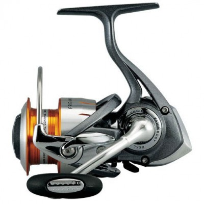 CARRETE DAIWA FREAMS 4000